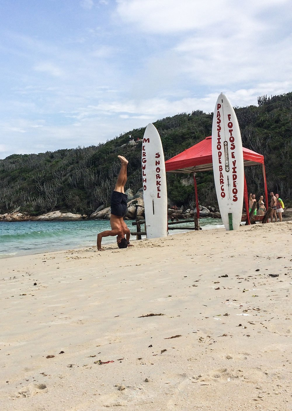 Need some inspiration on how to stay fit while traveling? Some painless ways to get fit while immersing yourself in a country and eat everything!