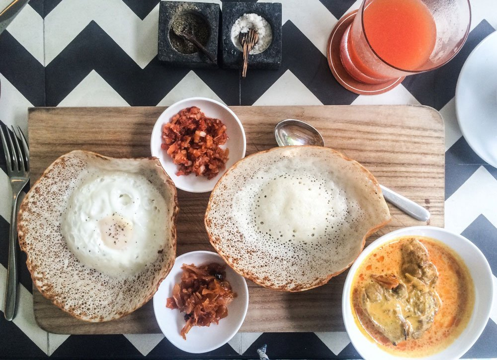 Sri Lanka breakfast edition: How a hopper changed my life, I found the curry of my dreams and how breakfast will never be the same!