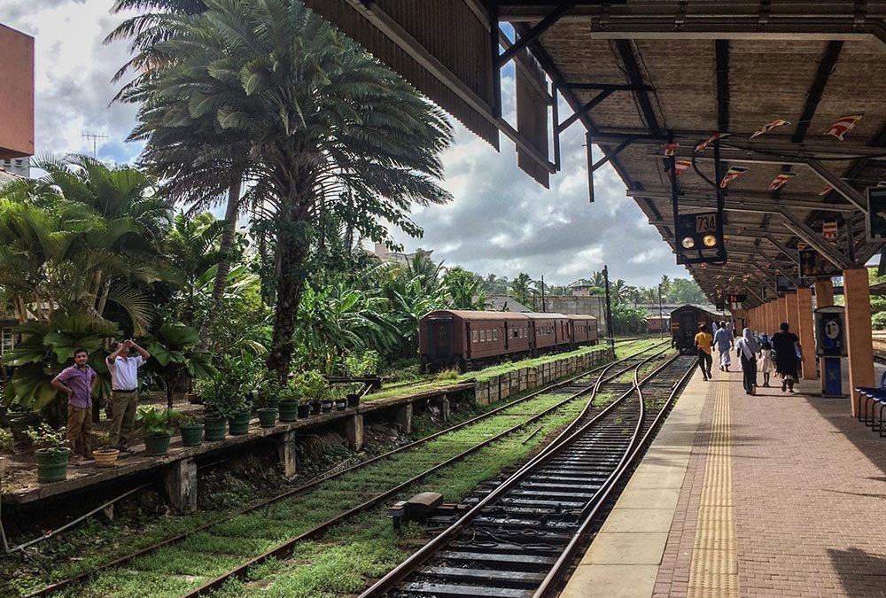 20-something Photos of Beautiful places in Sri Lanka.