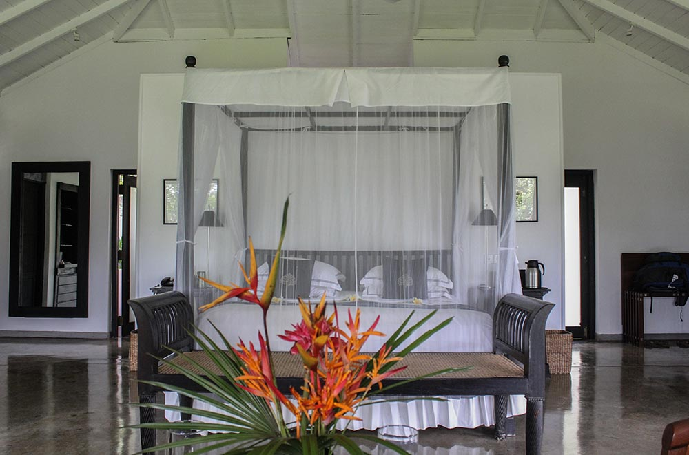 Looking for the best outdoor shower a hotel in Sri Lanka will offer? Look no further but head to the countryside of Galle and you will find paradise too.