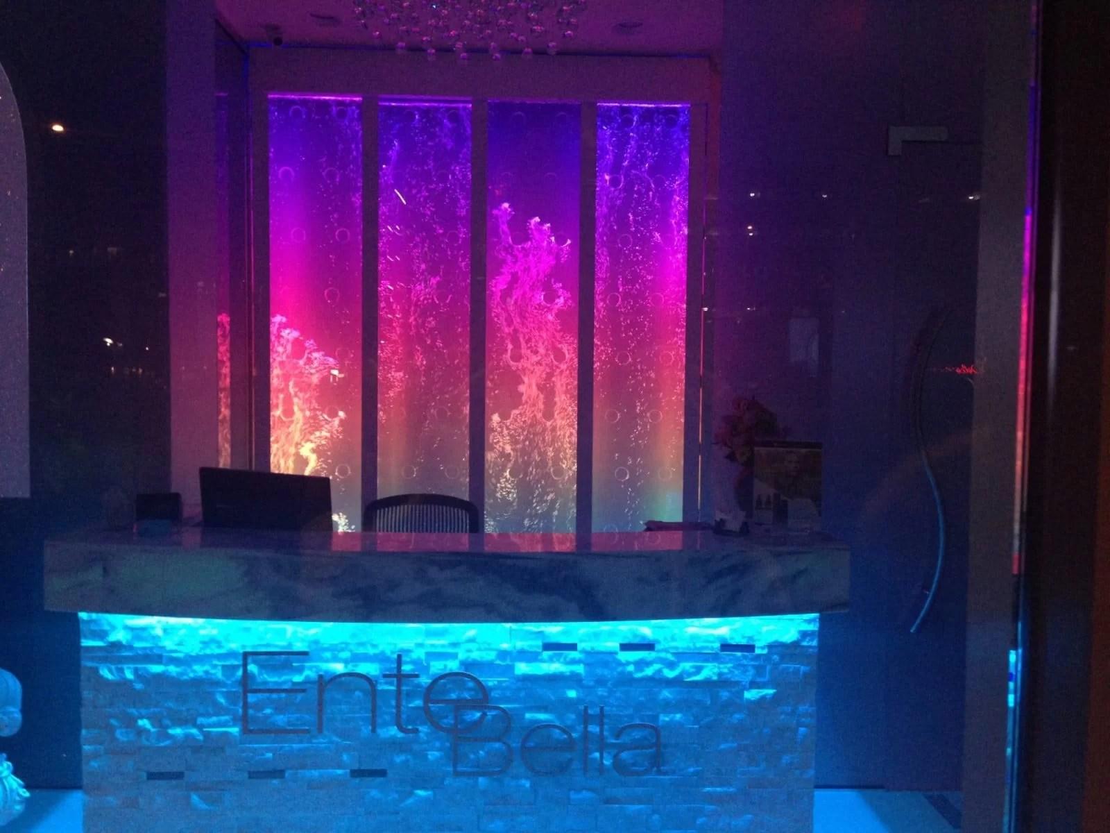 Swirley Rod Bubble Wall at Ente Bella Spa in Scottsdale AZ 5