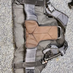 SCUBAPRO PILOT BCD SIZE Small w/ inflator, USED  GEAR