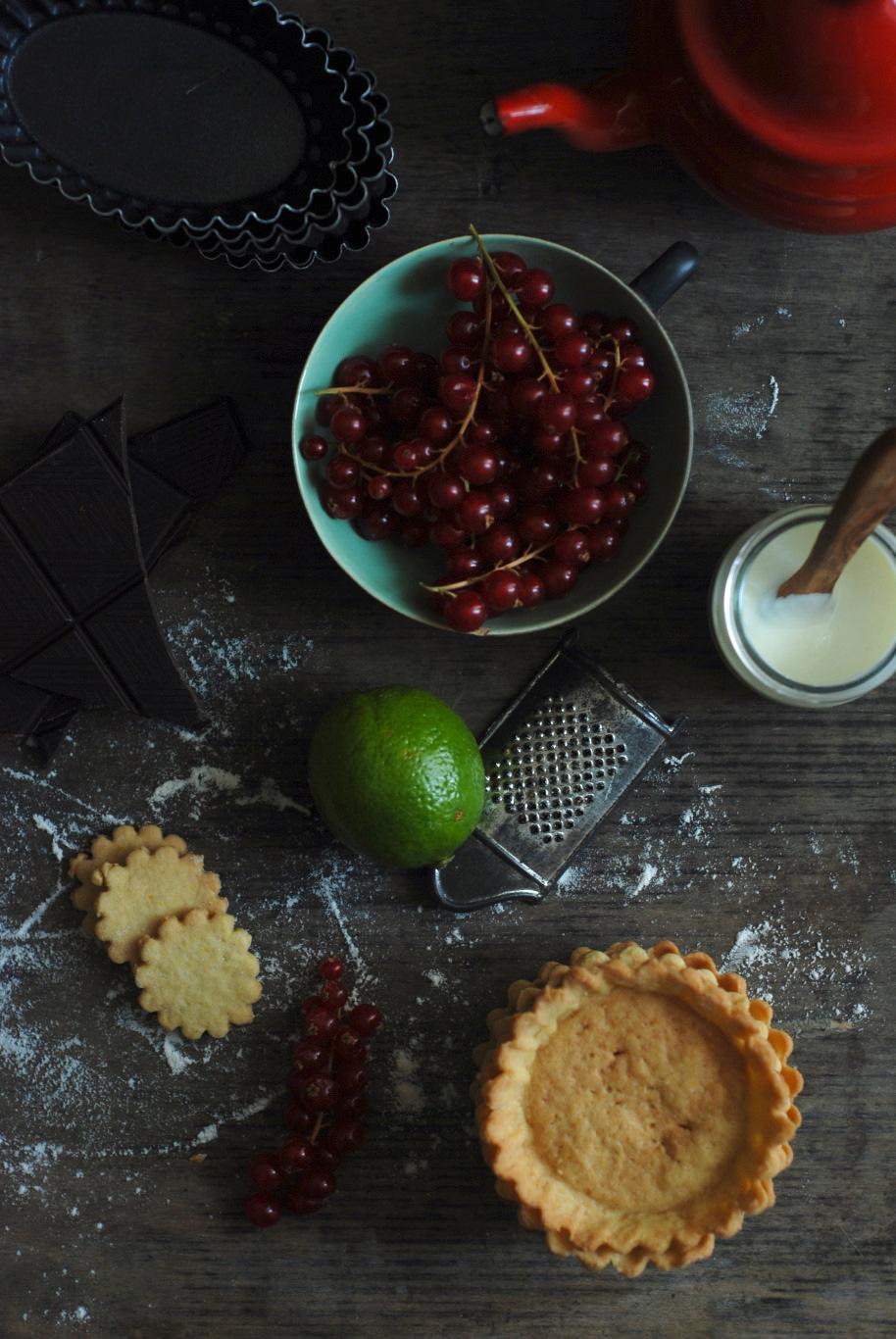 crostatine di farro yogurt cioccolato e ribes 4