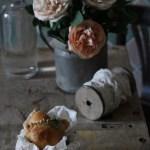 Empanadas a lunga lievitazione con pesto di pomodori secchi e anacardi
