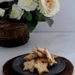 Biscotti alle mandorle, arachidi, cranberries e cioccolato fondente