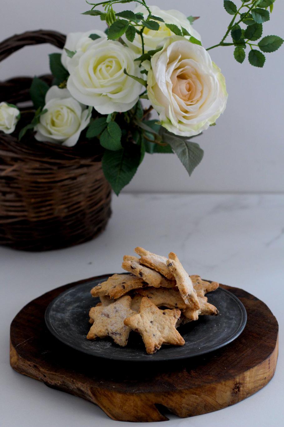 biscotti vegani arachidi mandorle cranberries e cioccolato 5