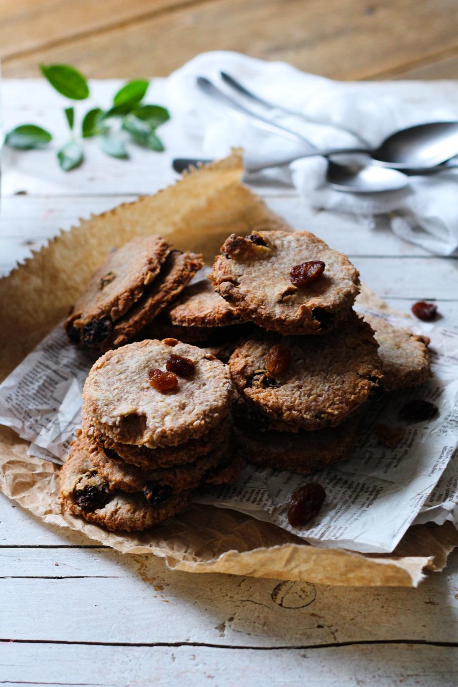 biscotti avena cocco e uvette 5