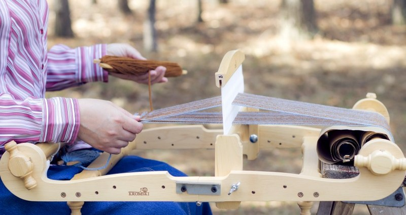 "Highlighting the elegance and function of the 16"" Kromski Forte Loom"