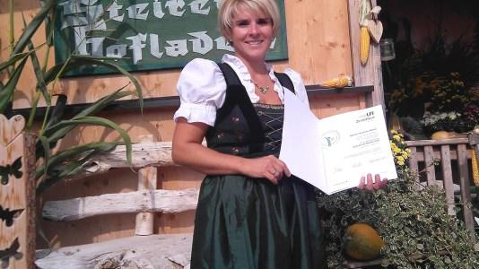 Schule am Bauernhof mit Carolin Grabner vom Steirerhof, Foto: Mieminger Dorfzeitung