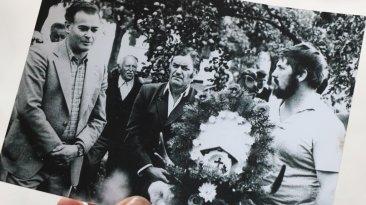 Almabtrieb Marienbergalpe der 1970er Jahre, von links: Benedikt Wallnöfer, Johann Haid, Max Pirpamer sen., Hans Jordan, genannt Brecher Franz. Foto: Privat/Gerda Pirpamer