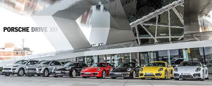 Porsche Drive gibt es ab sofort im Foyer des Porsche Museums in Stuttgart