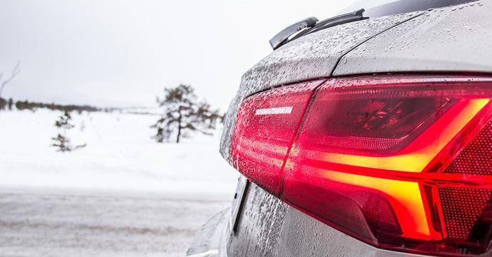 Tipps für die winterliche Fahrt im Mietwagen
