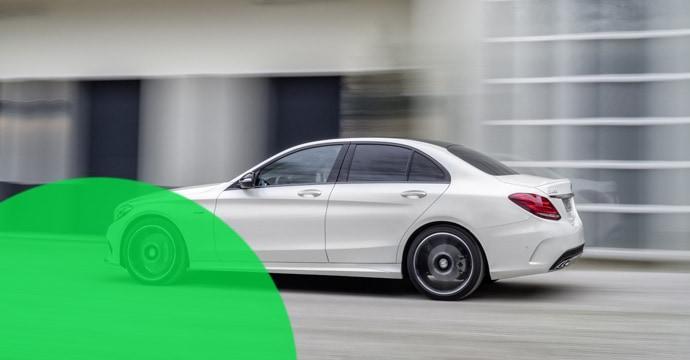 Die Europcar Selection Winterflotte für 2017 umfasst drei Modelle von Mercedes-AMG - C43 als T-Modell und Limousine die E43 Limousine und den VW Golf R