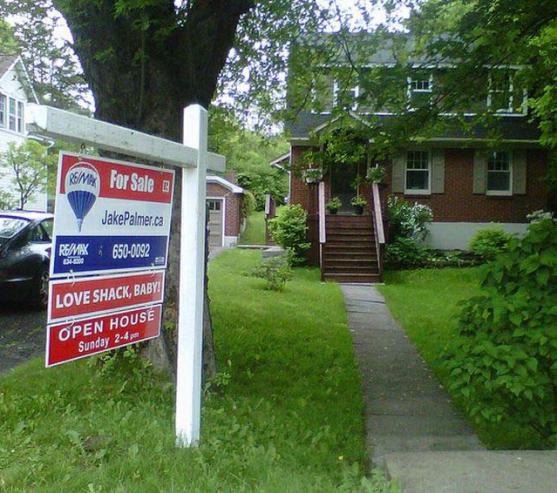 jake-palmer-house-for-sale-love-shack-baby