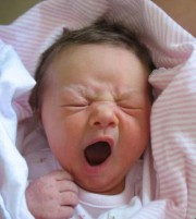 baby-yawn