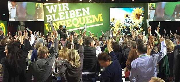 Grünen stimmen ab bei der Bundesdelegiertenkonferenz in Münster 2016 © Twitter