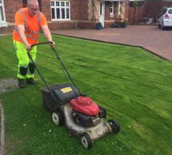 grass cutting bishopbriggs