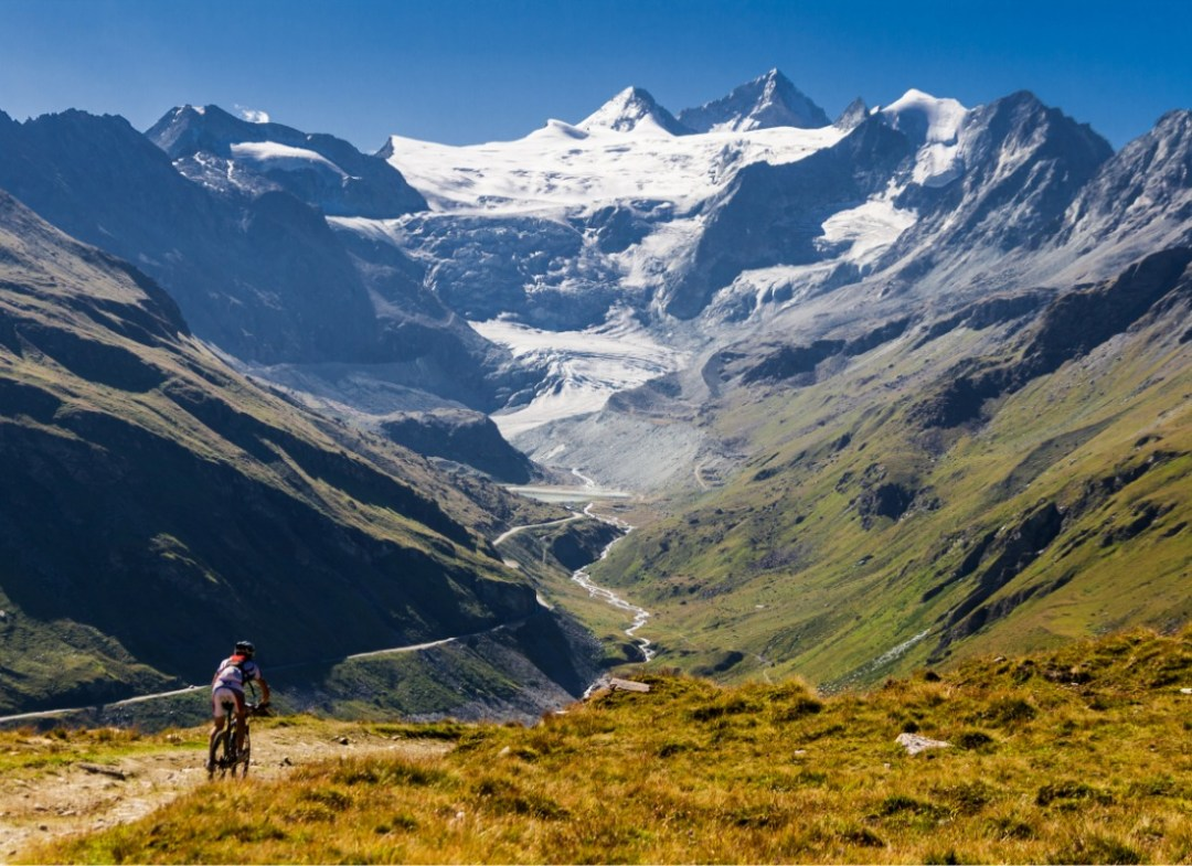 Cycling in Grimentz
