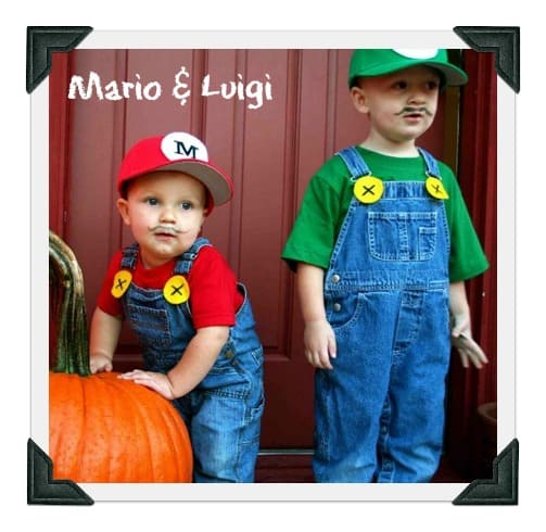 23 diy baby costumes you can make for under 5 incredible infant diy baby costume for mario luigi mightymomsub solutioingenieria Choice Image