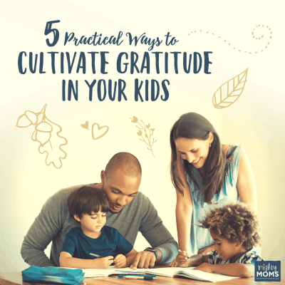 5 Practical Ways to Cultivate Gratitude in Your Kids {Free Game Printable}