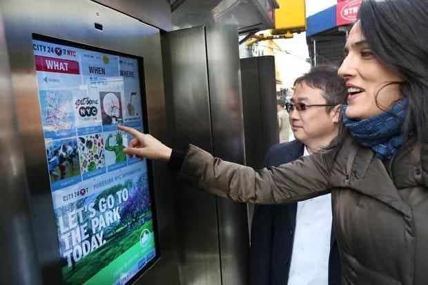 New York, cabine telefoniche intelligenti