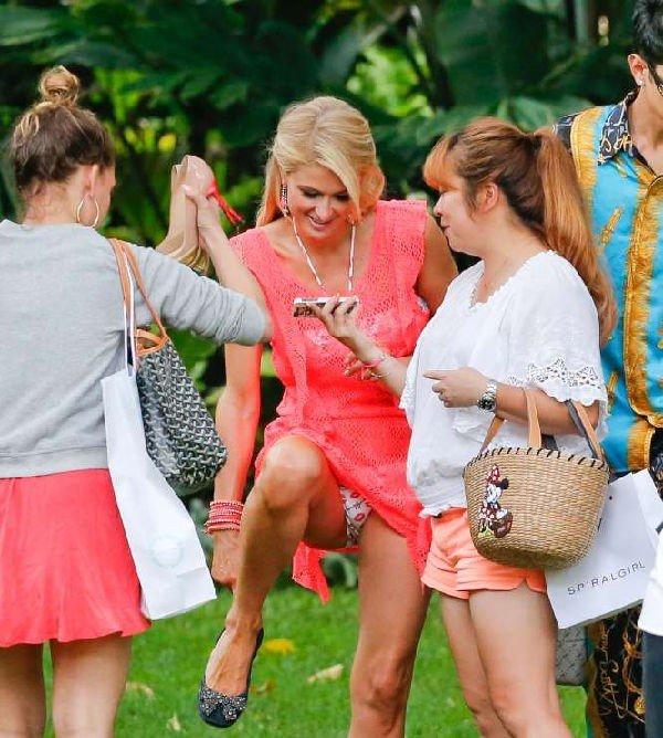 Paris Hilton mutande in vista