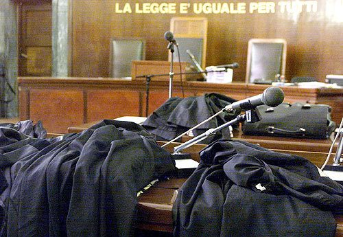 ECCO L'ELENCO DEI REATI CHE RENZI HA DEPENALIZZATO