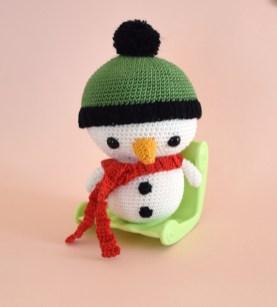Bonhomme de neige au crochet - décoration de noel - amigurumi noel - StorylandAmis - Hiver - Boule de neige - Fait en France 1