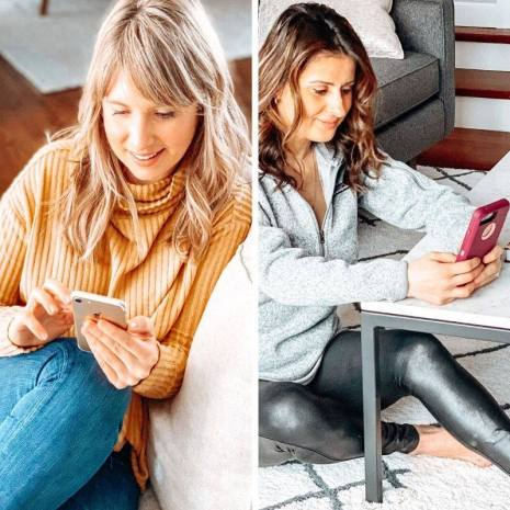 two women us the Migraine Healthline app to chat