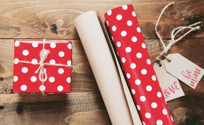 30 Gift Ideas For Expat Friends Family Overseas Or