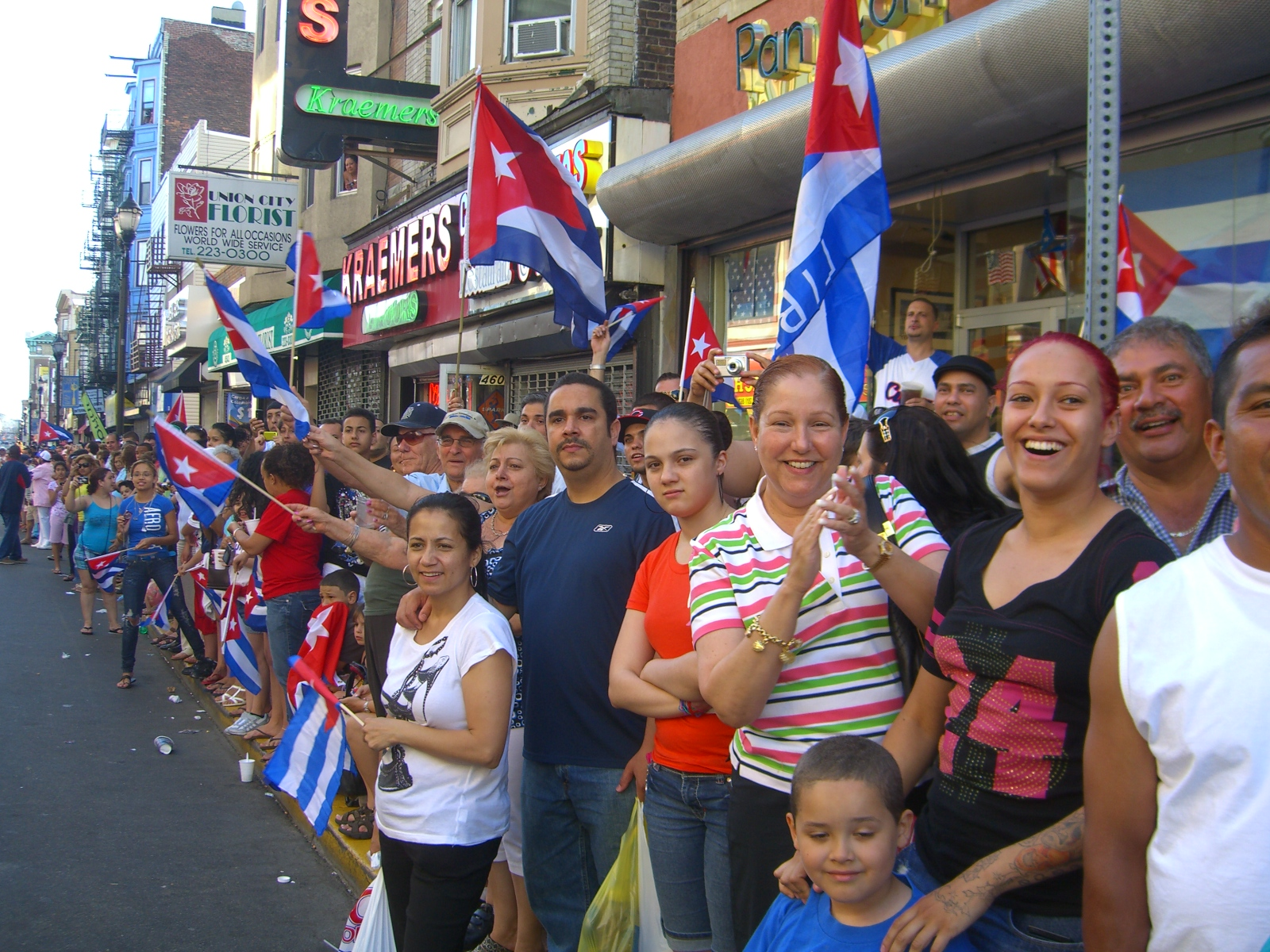 Cuban Immigrants in the United States   migrationpolicy.org