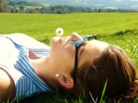 young woman 2194038 1920 300x225 - La Calma y cómo lograrla: Trabajando con el inconsciente