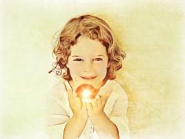 little girl 2194553 640 - Frases Humildad (139)