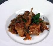 Conejo a la cazadora (Cocina Italiana)