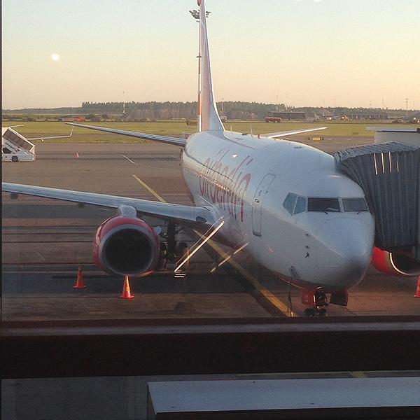 Tämä kone meidät lennätti Berliiniin.