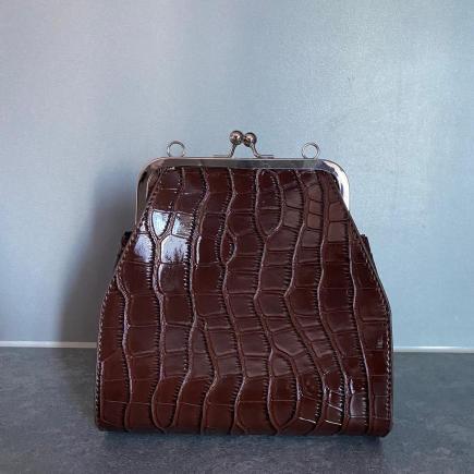 Women's vintage purse