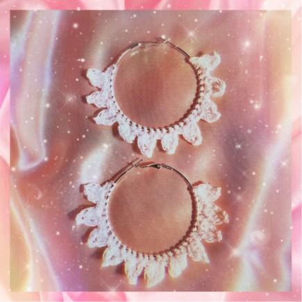 Crochet sun ray earrings main photo