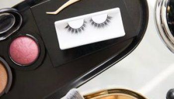 Star Demonstration: Select false eyelashes according to the type of eyes
