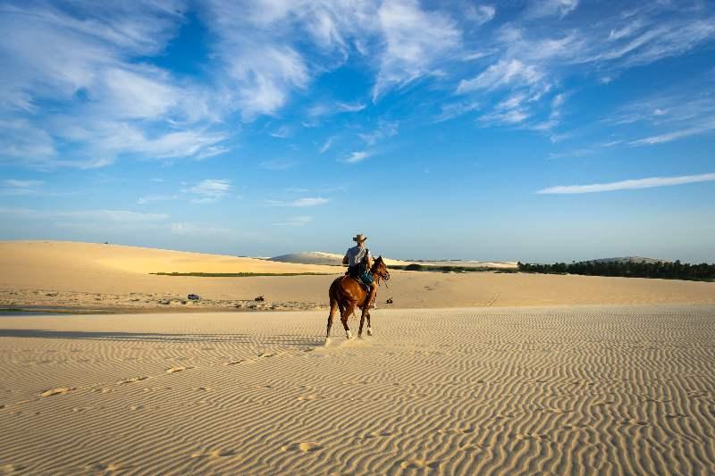 Jericoacoara-Paardrijden langs de duinen van Jericoacoara
