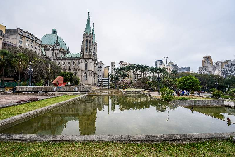 Catedral da Sé São Paulo-Bezienswaardigheden São Paulo-Praça da Sé-Kathedraal Metropolitana