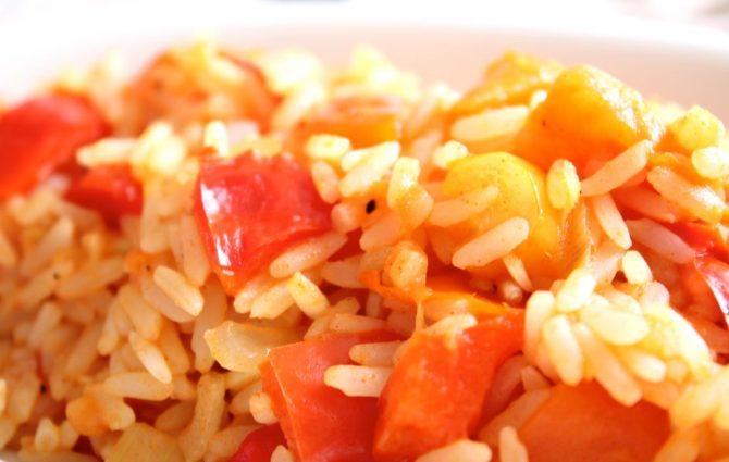rijst met tomaten