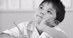 Plaatje: kind aan het nadenken