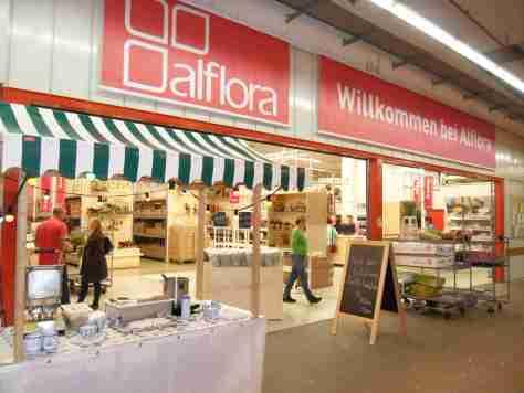 Opening Alflora filiaal met stroopwafel kraam in Frankfurt