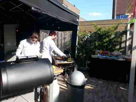 barbecue op verjaardagsfeest in spijkenisse