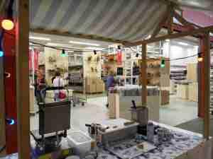 Alfora Frankfurt opening met Hollandse stroopwafels in Blumengrossmarkt