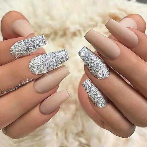 Best Glitter Nails 44 Nails That Sparkle In The Light Nail Art