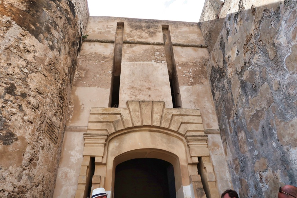 Porte Bonifacio