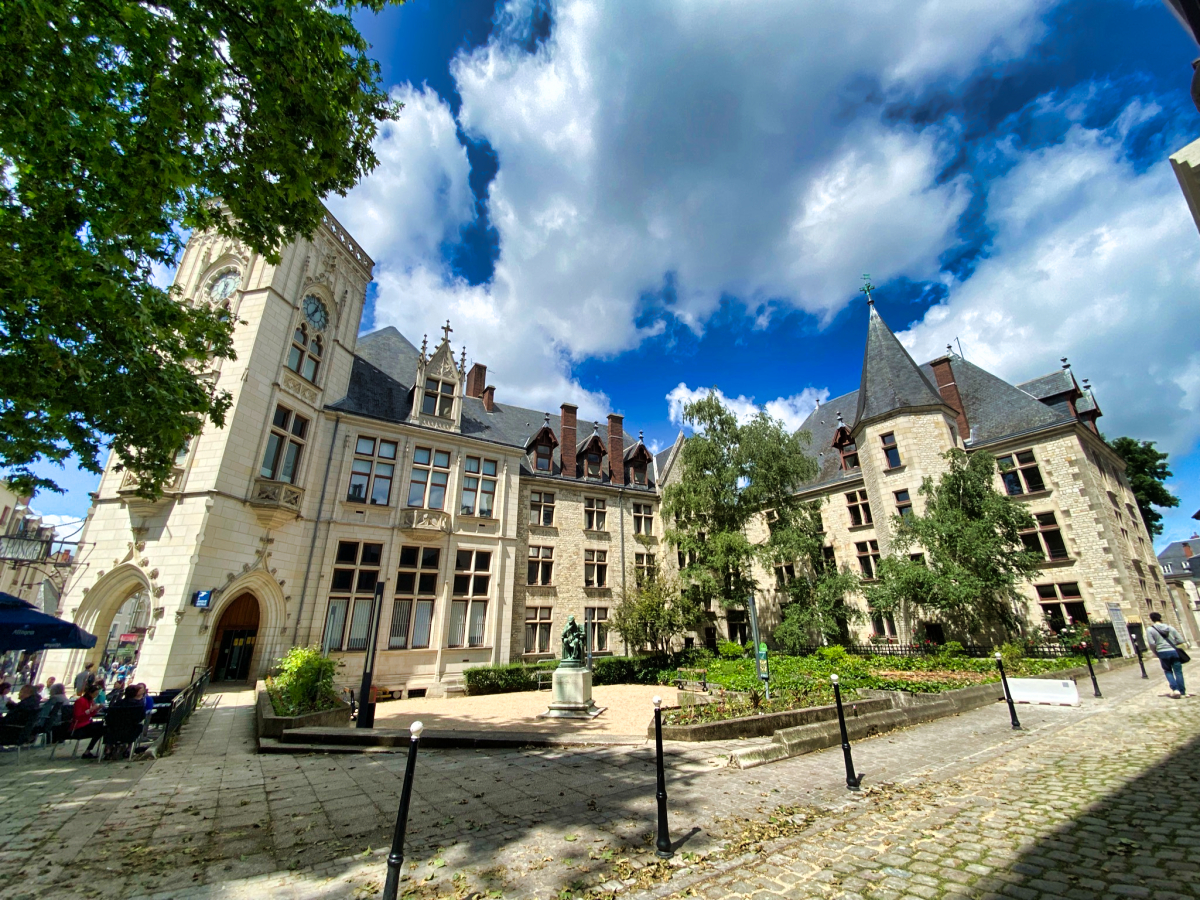 visiter bourges