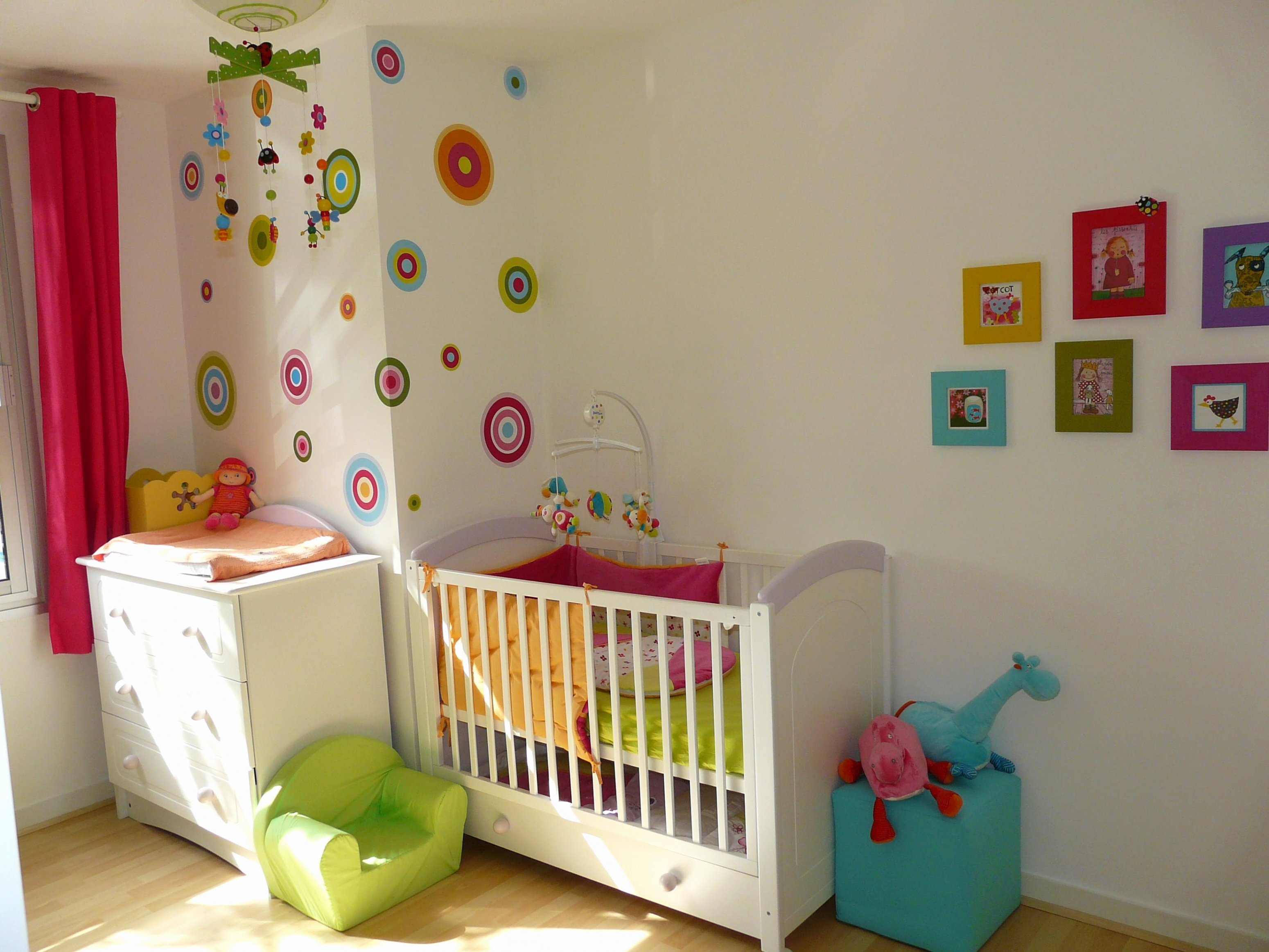decoration chambre bebe fille genial chambre enfant coloree idees de deco chambre bebe fille rose