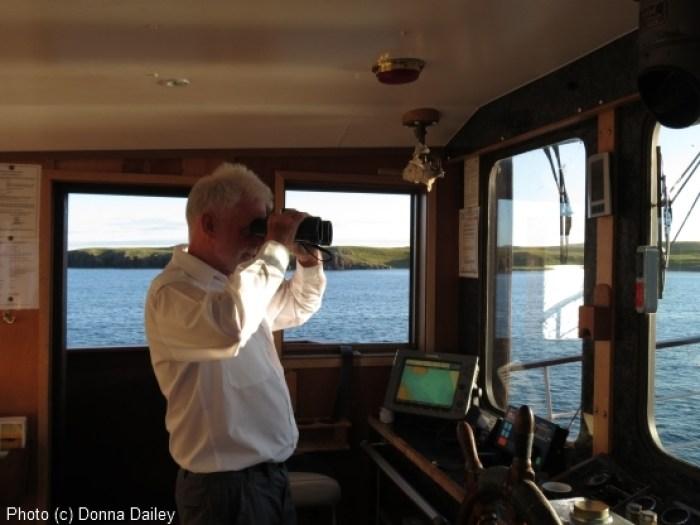 Scotland_Wildlife_Cruise_Skipper_on_watch